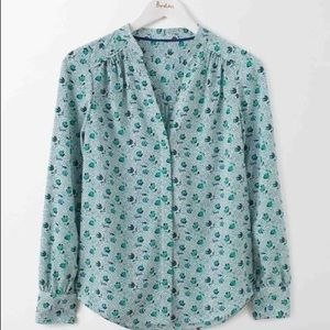 Boden blouse in blue and green floral
